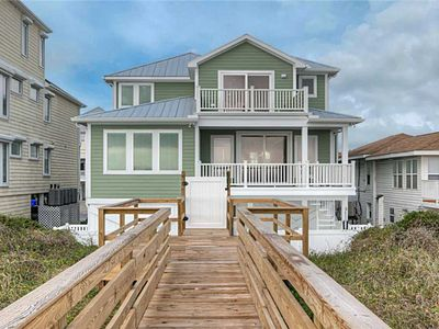 Photo for Sage Seahorse: Beautiful, Oceanfront, Pool, Hot Tub, Vacation Single Family Home in Carolina Beach