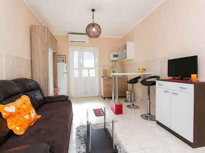 Photo for 1BR Apartment Vacation Rental in Dubrovnik, Dubrova?ko-neretvanska županija