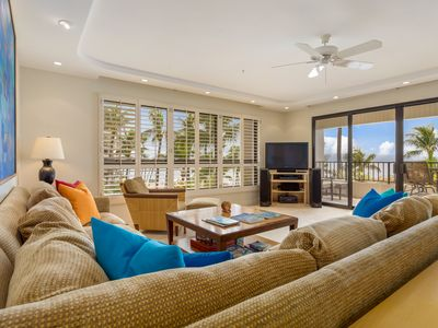 Photo for Ultimate Oceanfront location, expansive views of beach, pool, tropical gardens