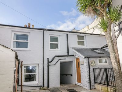 Photo for HOCKING COTTAGE, family friendly in Torquay, Ref 1000184