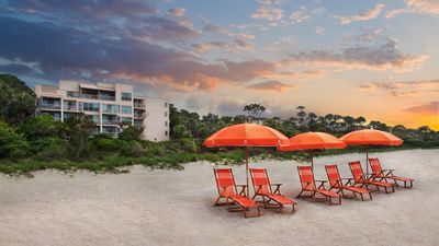 Photo for RBC Heritage Tournament Week. On the Beach, in Sea Pines and Harbour Town area.