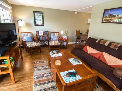 1bed/1 bath in East Nashville with 196 5* Reviews on another site (Apt A)