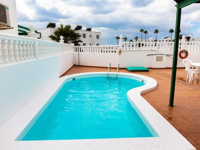 Photo for Villa Plata - Puerto del Carmen private pool, sleeps 6 in 3 bedrooms, beach 700m only 8 min walk!