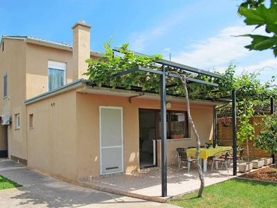 Photo for Vacation home Ana  in Liznjan, Istria - 8 persons, 4 bedrooms