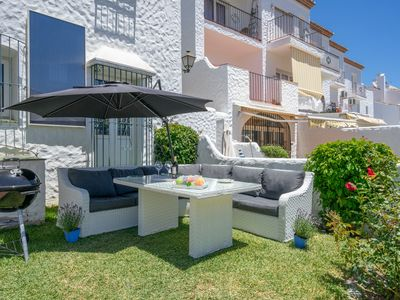 Photo for 2 Bed/Bath garden apartment with easy access to Golf, Restaurants, Spa and Beach