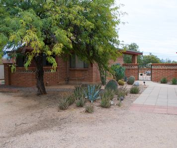 Photo for Adorable guest house on 5 acres natural desert