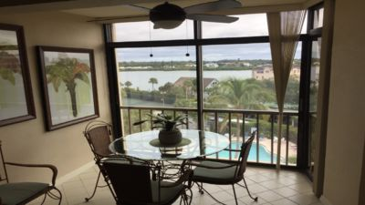 Photo for 1Bd\1Ba Six Floor Unit Pool & Intracoastal View,Elevators, Wifi, Private parking