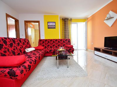 Photo for Apartment Jukan in Pula - 4 persons, 1 bedrooms