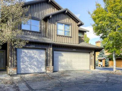 Photo for 3 BR Parkview - Quiet Townhome Just Outside Downtown Park City