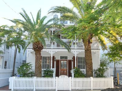 "Photo for ""SWEET CAROLINE""~Condo with Simple Elegance Located In The Heart Of Old Town!"