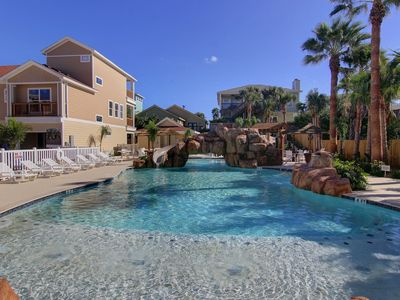 Photo for Fabulous 3 bedroom 3 bath condo. Lagoon style community pool with a slide!