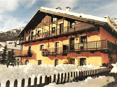 Photo for Beautiful chalet with garden and fireplace 10px, on the ski slopes