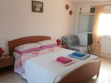 Search 691 holiday rentals