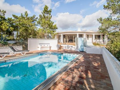Photo for Villa with pool in a quiet location near beautiful beaches