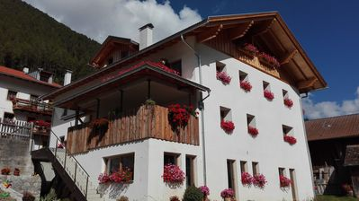 Photo for Relaxing holiday in the hiking paradise on the Reschenpass in a family atmosphere
