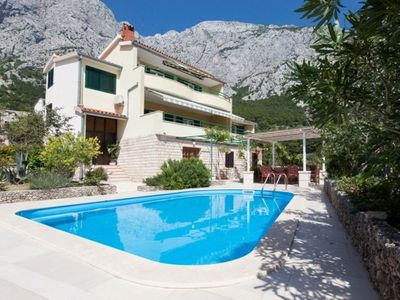 Photo for Vacation home Drago in Makarska - 10 persons, 4 bedrooms