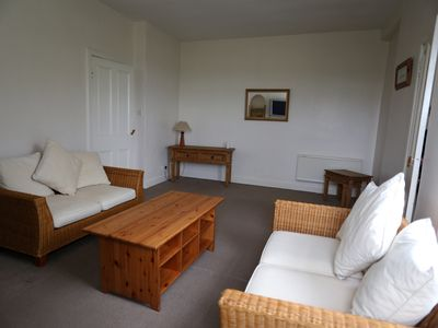 Photo for 3 bed house, free WiFi, off street parking. Central Ayrshire, 20 mins to Glasgow