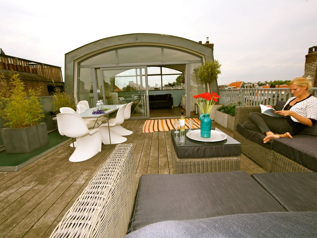 Luxury canal apartment with panoramic rooftop terrace in Amsterdam ...