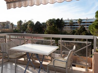 Photo for Rent a beautiful studio for 2 people 10 m from the beach of Le Lavandou downtown