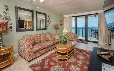 Photo for Inquire for 2 nights! ~ One Bedroom on the 9th Floor ~ BEACH FRONT!
