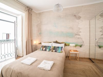 Photo for Apartment in the center of Lisbon with Internet, Washing machine (993321)