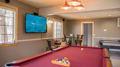 Photo for Activities for All Ages, Gameroom, Spa, 16 beds!