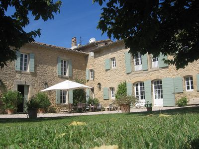 Photo for Provencal farmhouse on 2 acres in the idyllic Provence