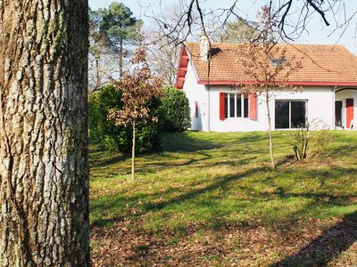 Photo for Beautiful traditional house in the heart of the Pessac Leognan vineyard