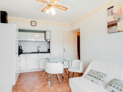 Photo for Apartment L'Espelido in Saint Aygulf - 2 persons, 1 bedrooms