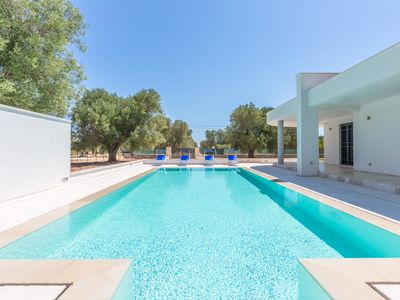 Photo for Villa with private pool - 4 km beaches – PEACEFUL PLACE - huge pool  market 1 km