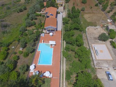 Photo for Apartment in villa with pool - PT