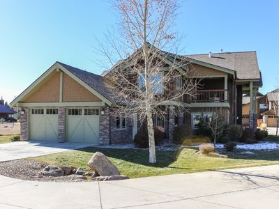 Photo for NEW LISTING! Beautiful home w/ mountain views, patio, & gas fireplace
