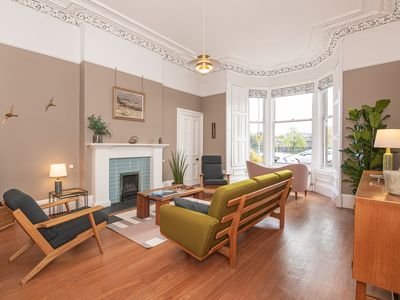 Photo for Edinburgh Panorama-Outstanding Apartment with Stunning City View