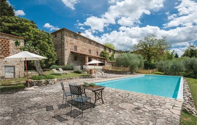 Photo for 6 bedroom accommodation in Castellina Chianti SI