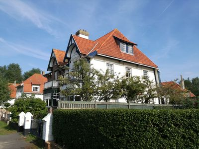 Photo for Adorable typical Belgian Coast cottage