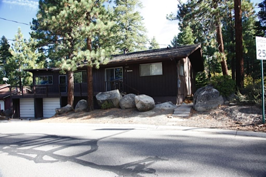 South Lake Tahoe Cabin Close To Heavenly Casinos And