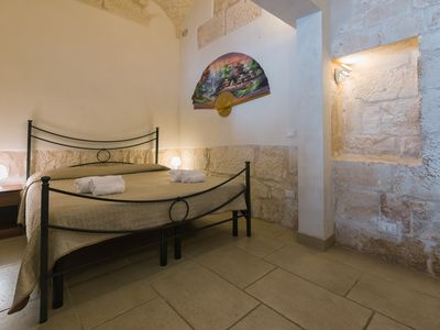 Photo for Biancanicchia Suite, Comfortable Pied à Terre in Ostuni, central area