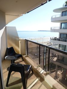 Photo for Contemporary Studio cabin, sea view and direct access beach. Completely renovated.