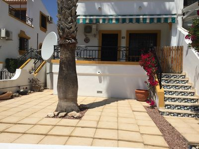 Photo for Ground floor apartment within the well maintained gardens of the Valencia urd