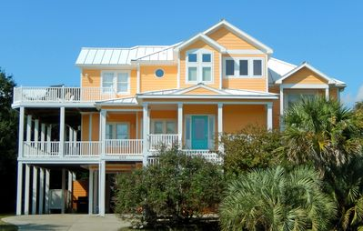 Photo for Beautiful Interior Home With Private Pool, Hot Tub & Easy Beach Access!