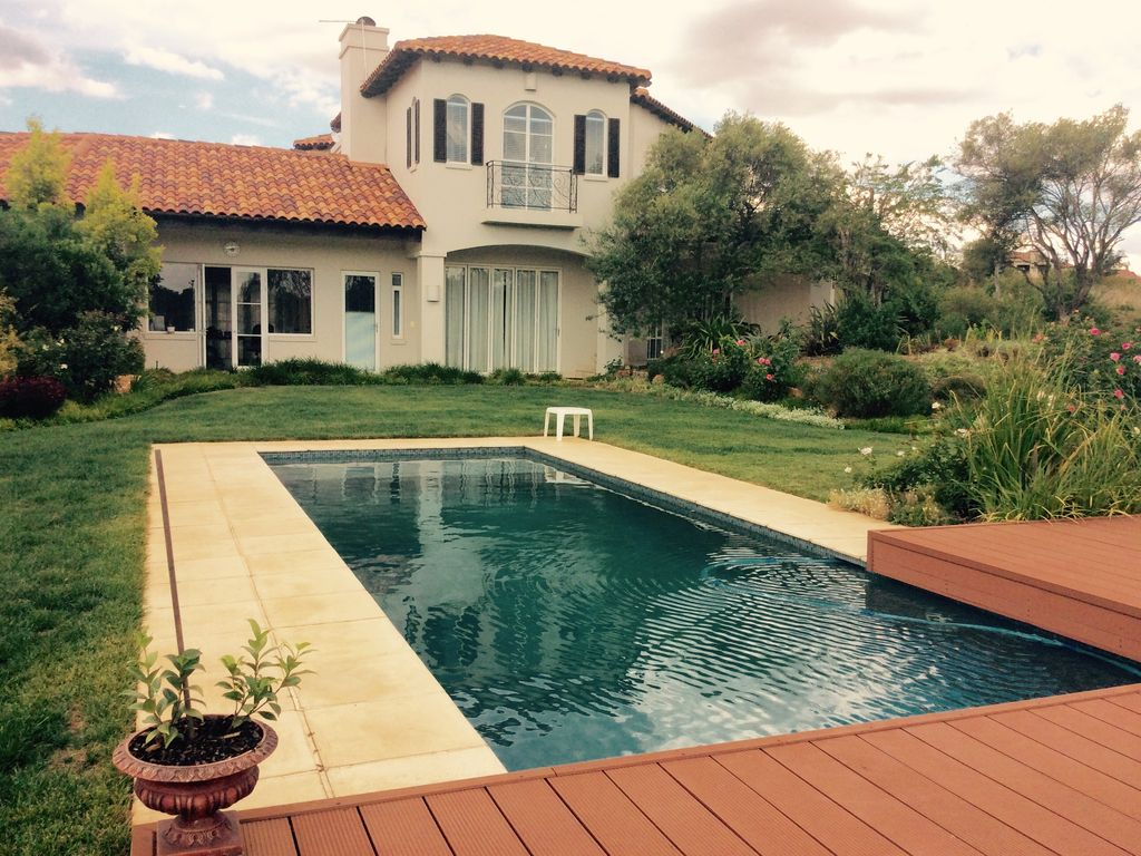 Great Home In A Golf, Equestrian And Nature Reserve Gated  Community