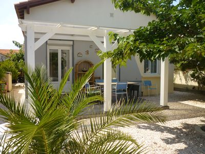 Photo for House 150m from the beach, 60 m2, surrounded by a garden with barbecue, calm