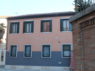 Photo for Pine forest, spacious apartment surrounded by green pine forest at 15 min. from San Marco