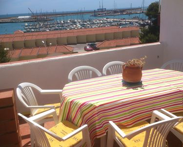 Photo for House In Vinaros, Beside The Sea & Town Centre With Amazing Views