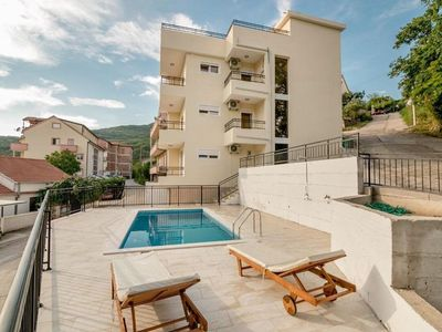 NEW Luxury apartment with swimming pool, sea views, roof terrace, balconies and comfort
