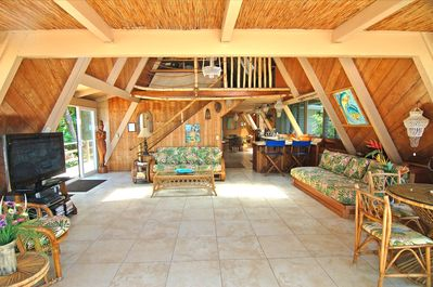 LOCATED DIRECTLY ON THE BEACH!! A/C AND SPA! THE FABULOUS SUNSET BEACH  HOUSE!! - Haleiwa