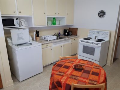 Photo for Cosy 1BR apartment in Petite-Patrie, near two subway lines