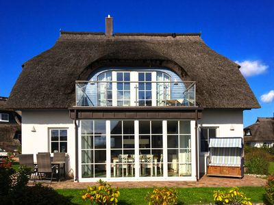 Photo for Recovery in the backwaters for 7 adults and 2 children, sauna, fireplace, wireless