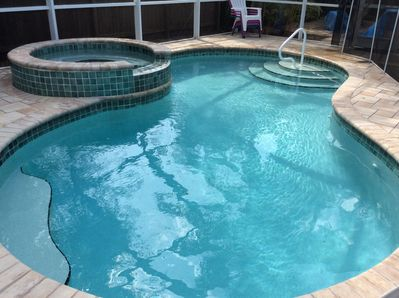 Pool with Hot Tub in Lanai