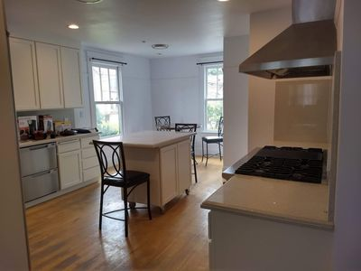 Photo for San Francisco Delight: One Queen Suite with Full Kitchen on the 2nd Floor